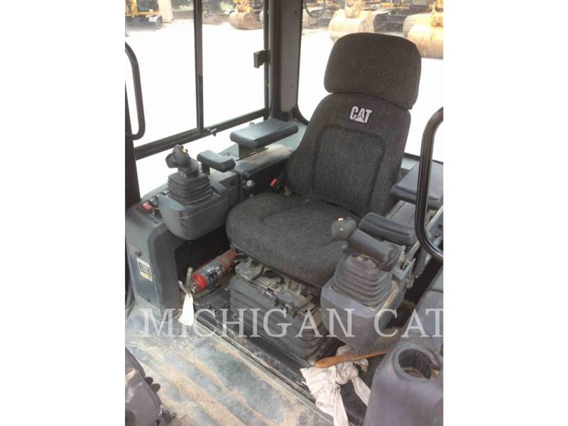 CATERPILLAR TRACK TYPE TRACTORS D5KL CAG equipment  photo 6