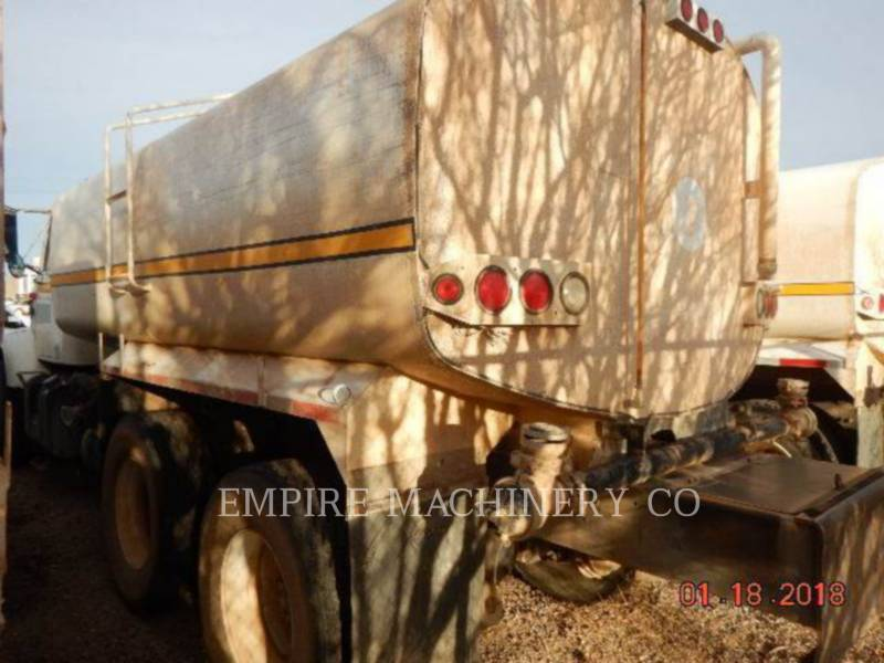 INTERNATIONAL SAMOCHODY-CYSTERNY 4K TRUCK equipment  photo 4