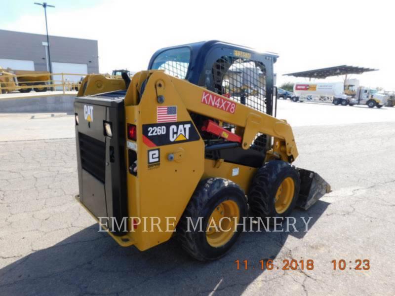 CATERPILLAR MINICARGADORAS 226D equipment  photo 2