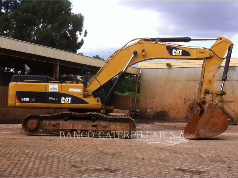 CATERPILLAR TRACK EXCAVATORS 349DL equipment  photo 2