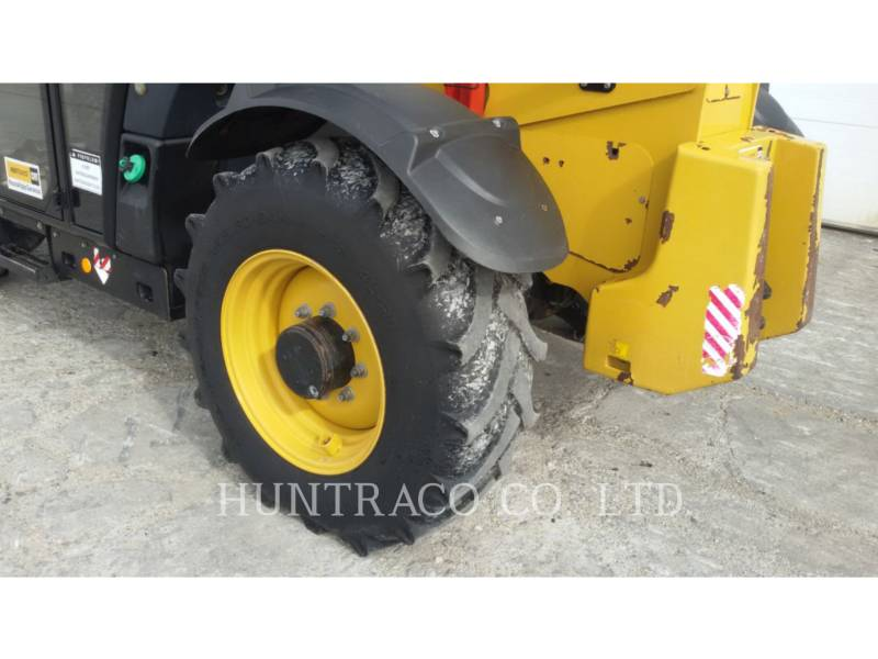CATERPILLAR TELEHANDLER TH407C equipment  photo 17