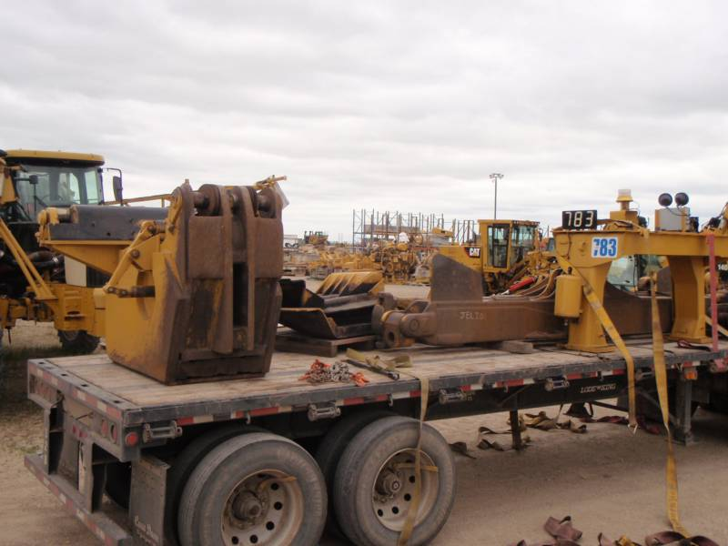 CATERPILLAR TRACTORES DE CADENAS D11T equipment  photo 11