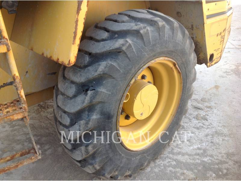 CATERPILLAR CARGADORES DE RUEDAS IT14G2 A equipment  photo 10
