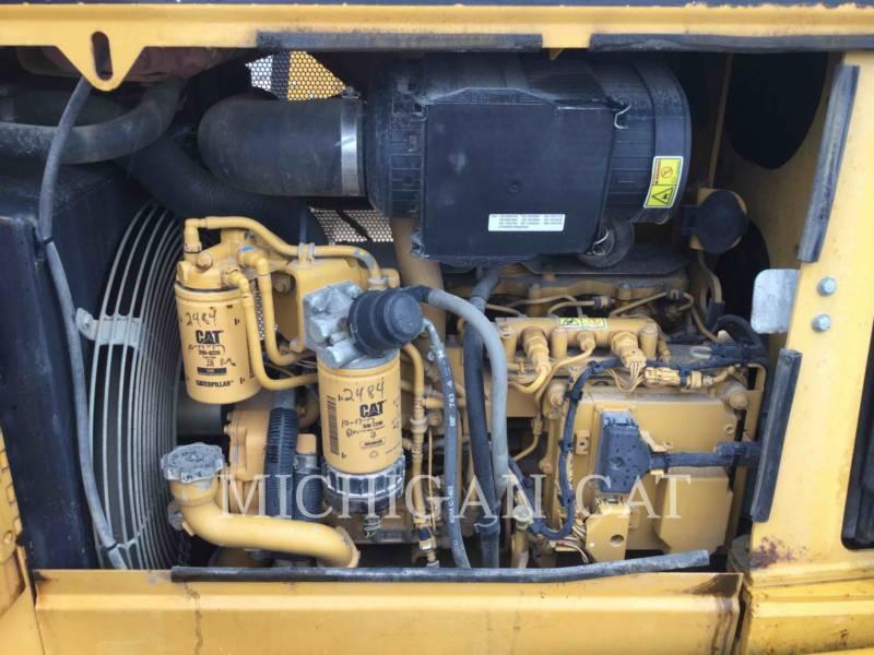 CATERPILLAR TRACK TYPE TRACTORS D3KLGP equipment  photo 10