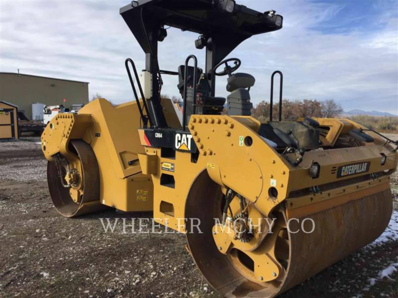CATERPILLAR COMPACTEURS TANDEMS VIBRANTS CB64 R9 equipment  photo 1