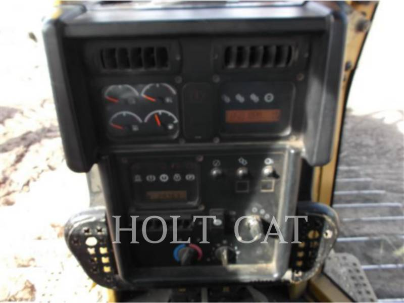 CATERPILLAR TRACK TYPE TRACTORS D6N equipment  photo 7