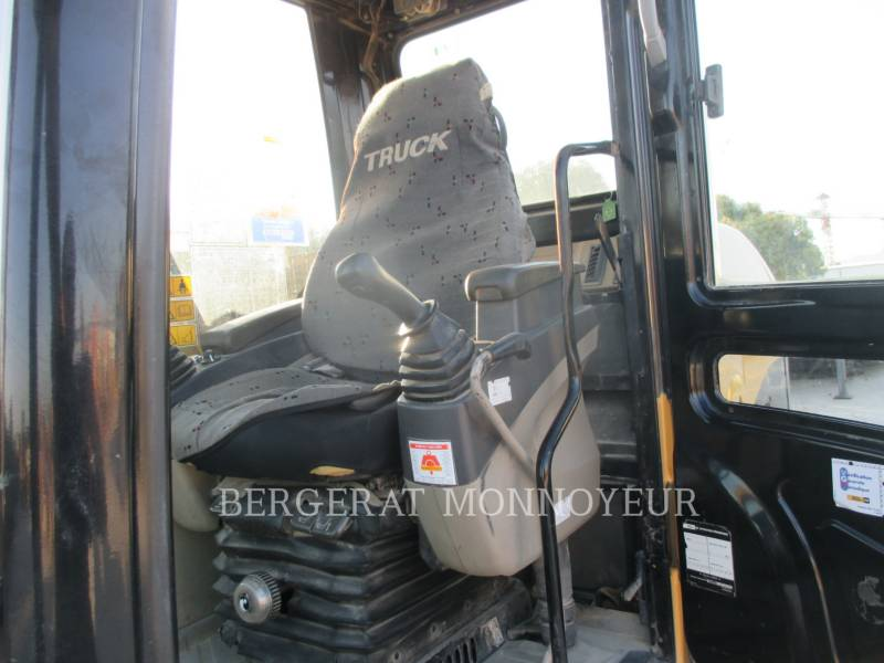 CATERPILLAR KETTEN-HYDRAULIKBAGGER 311C equipment  photo 12
