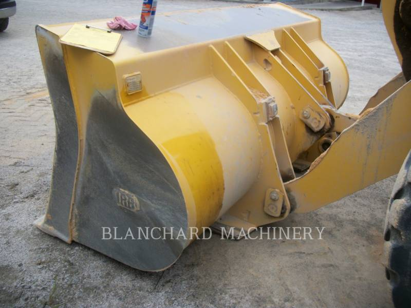 KOMATSU CARGADORES DE RUEDAS WA270 equipment  photo 6