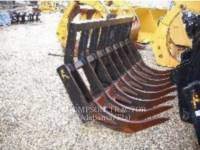 Equipment photo ATTACHMENTS INTERNATIONAL WHEEL LOADER RAKE WT - レーキ 1