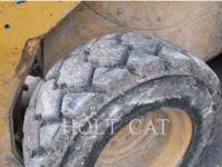 CATERPILLAR MINICARGADORAS 252B3 equipment  photo 9