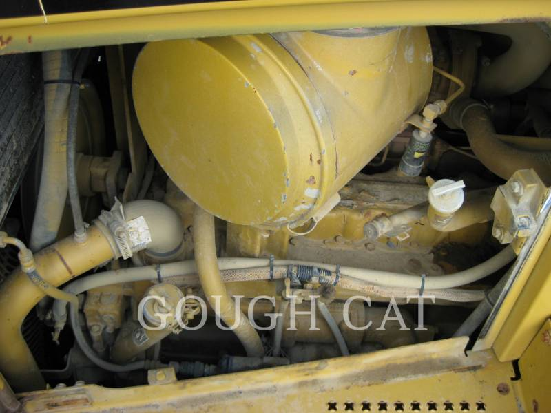 CATERPILLAR TRACK TYPE TRACTORS D6RLGP equipment  photo 14
