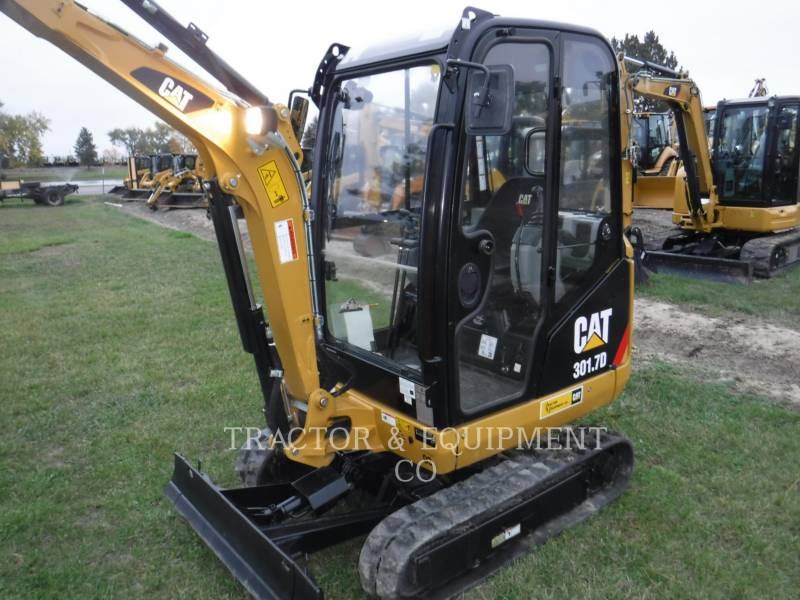 CATERPILLAR EXCAVADORAS DE CADENAS 301.7D CB equipment  photo 1