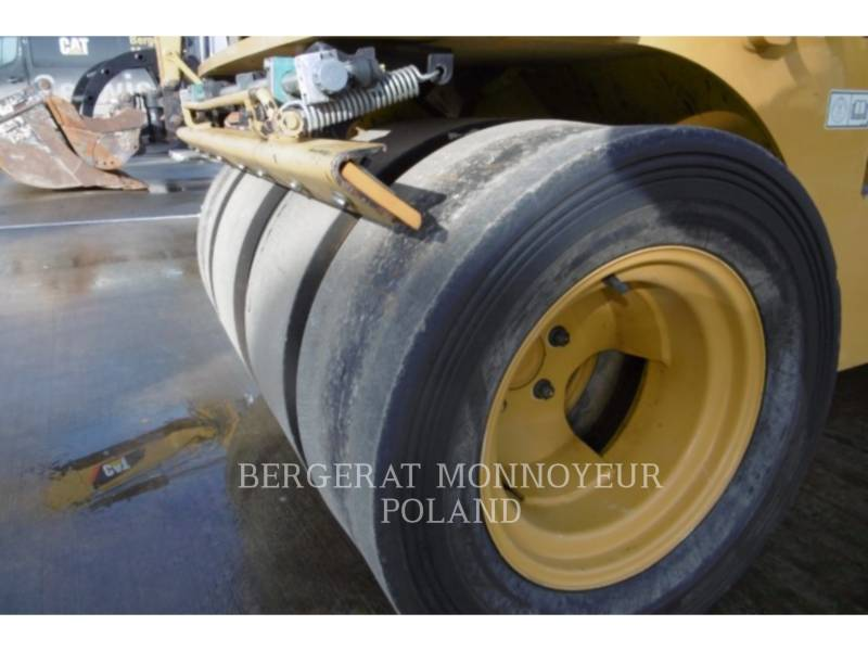 CATERPILLAR EINZELVIBRATIONSWALZE, ASPHALT CC24 equipment  photo 2