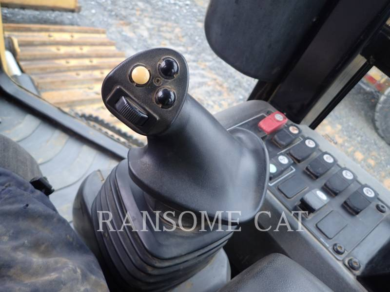 CATERPILLAR TRACTORES DE CADENAS D6K2LGP equipment  photo 19