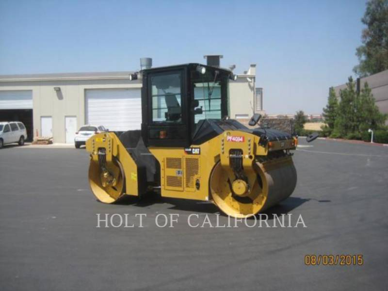 CATERPILLAR ASPHALT PAVERS CB54B equipment  photo 2