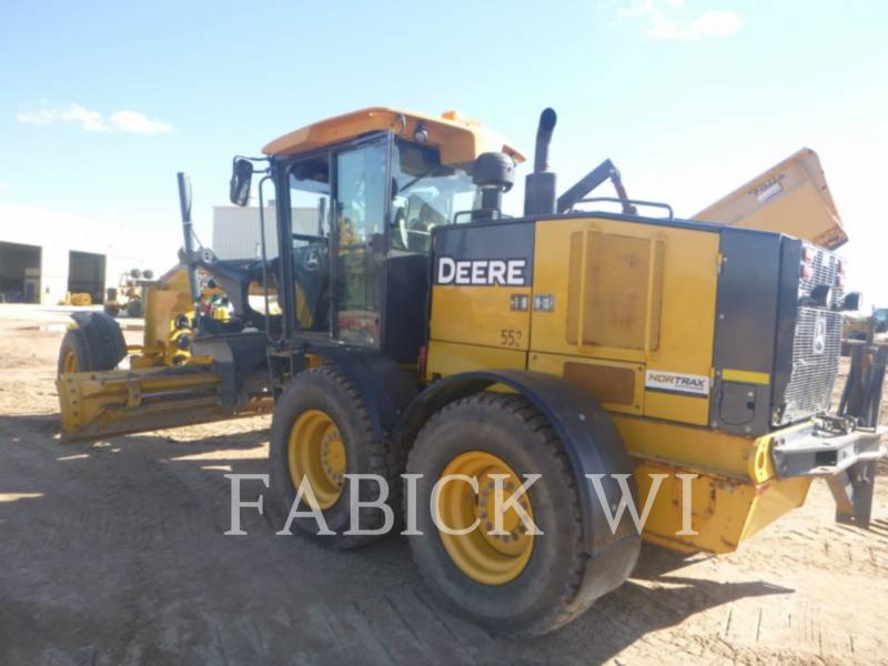 DEERE & CO. MOTOR GRADERS 670G equipment  photo 2