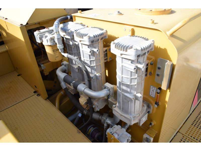 CATERPILLAR PELLES SUR CHAINES 390 D L equipment  photo 16