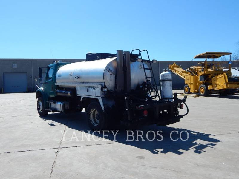 FREIGHTLINER CAMIONS ROUTIERS M2106 equipment  photo 5