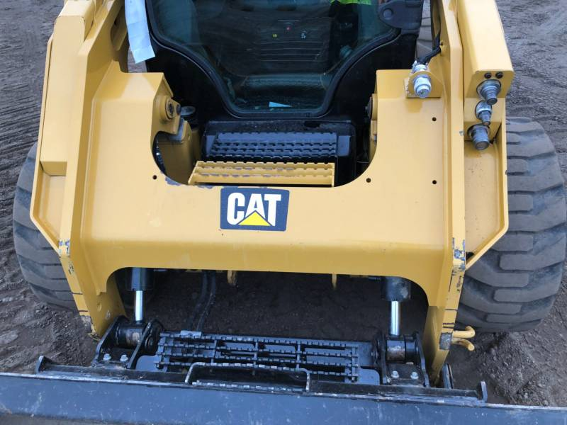 CATERPILLAR SKID STEER LOADERS 262D equipment  photo 19