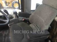 CATERPILLAR WHEEL LOADERS/INTEGRATED TOOLCARRIERS 938G equipment  photo 19