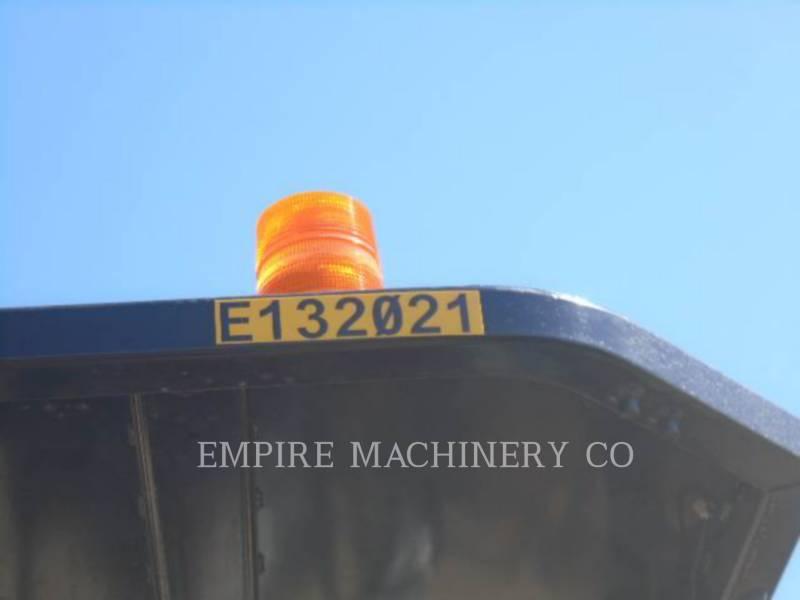 CATERPILLAR 振動ダブル・ドラム・アスファルト CB66B equipment  photo 4
