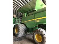 Equipment photo DEERE & CO. S680 COMBINES 1