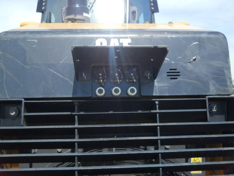 CATERPILLAR TRACK TYPE TRACTORS D6K2LGP equipment  photo 12