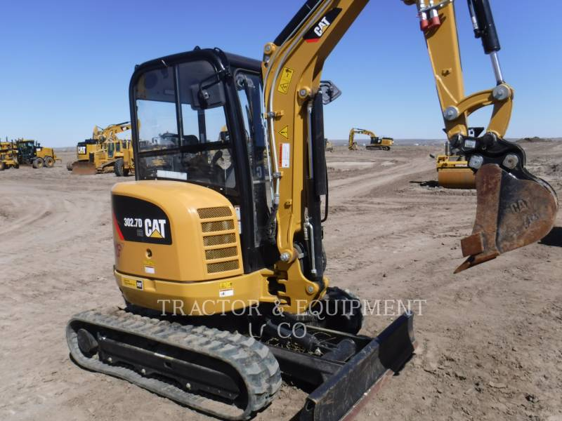 CATERPILLAR トラック油圧ショベル 302.7DCRCB equipment  photo 1