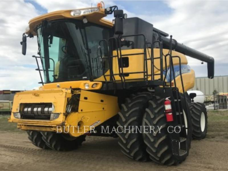 NEW HOLLAND COMBINAZIONI CR9070 equipment  photo 1