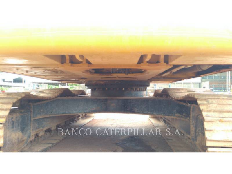 CATERPILLAR TRACK EXCAVATORS 320D2L equipment  photo 14