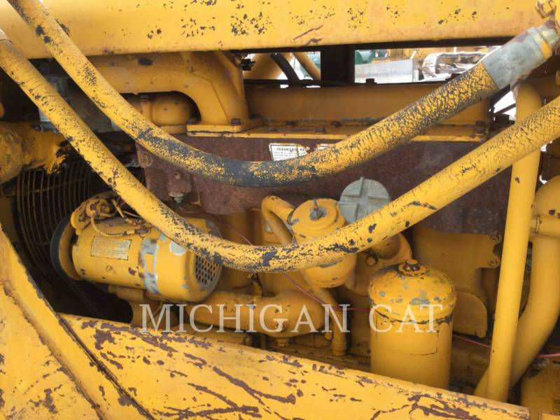 CATERPILLAR TRACTORES DE CADENAS D4D equipment  photo 8