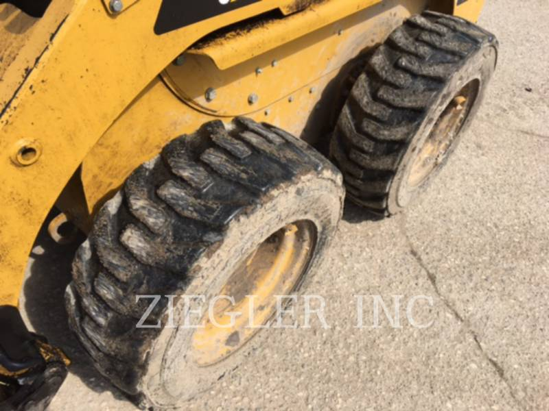 CATERPILLAR CHARGEURS COMPACTS RIGIDES 226B3 equipment  photo 7