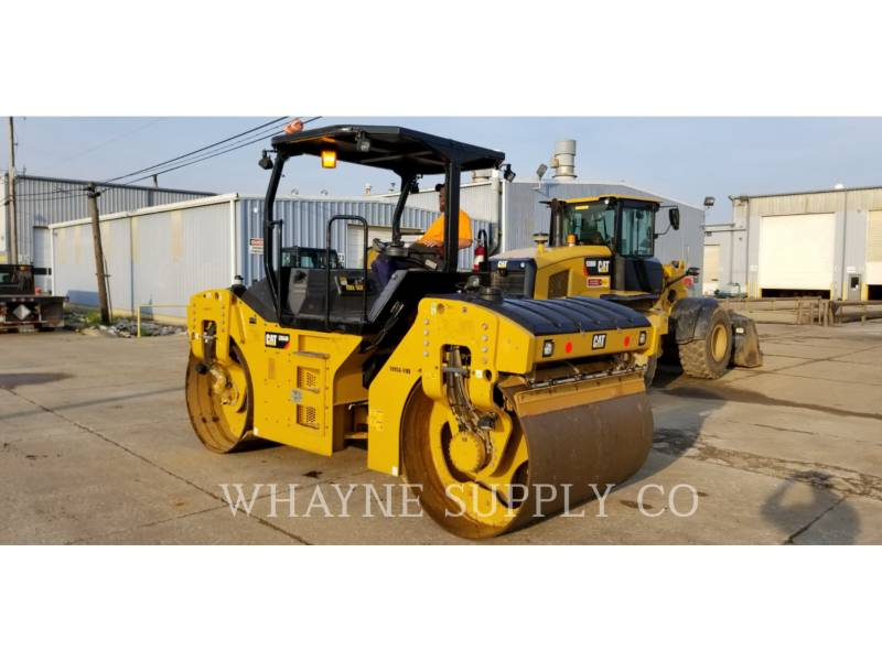 CATERPILLAR VIBRATORY DOUBLE DRUM ASPHALT CB54B equipment  photo 6