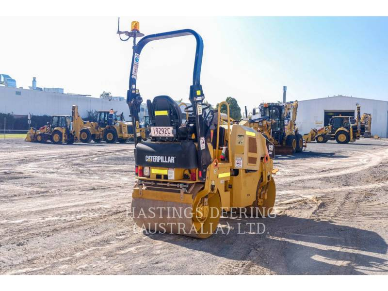 CATERPILLAR TANDEMVIBRATIONSWALZE, ASPHALT CB22 equipment  photo 7