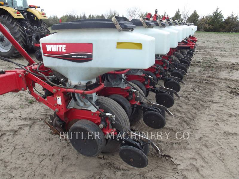 AGCO-WHITE Pflanzmaschinen 8186 equipment  photo 3