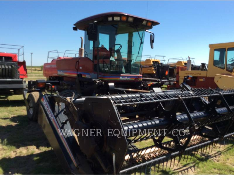 MACDON MATERIELS AGRICOLES POUR LE FOIN 9352I equipment  photo 4
