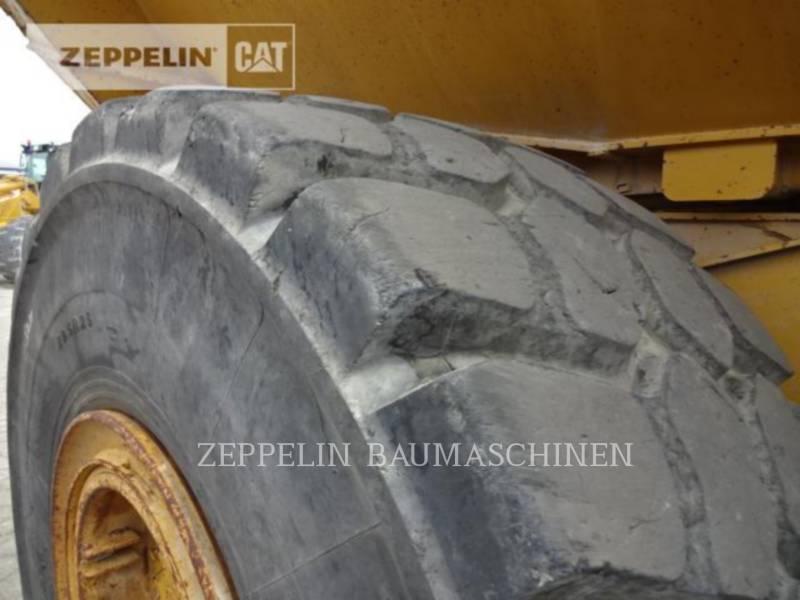 CATERPILLAR KNICKGELENKTE MULDENKIPPER 745C equipment  photo 15