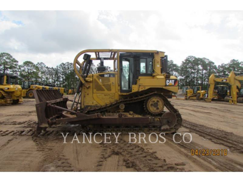 CATERPILLAR KETTENDOZER D6T XL equipment  photo 2