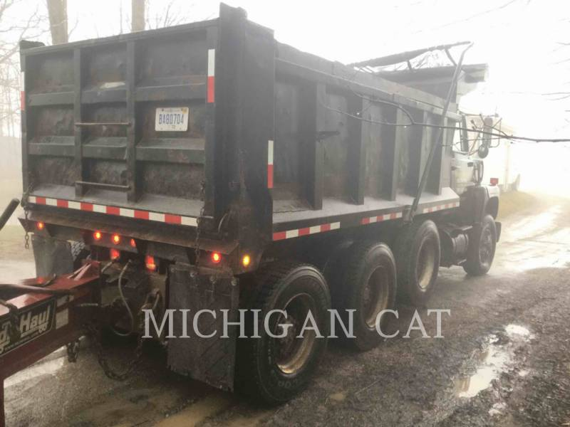FORD TRUCK LKW L9000 equipment  photo 4