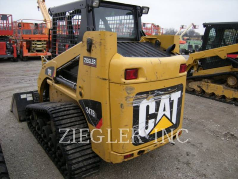 CATERPILLAR CHARGEURS TOUT TERRAIN 247B3 equipment  photo 6
