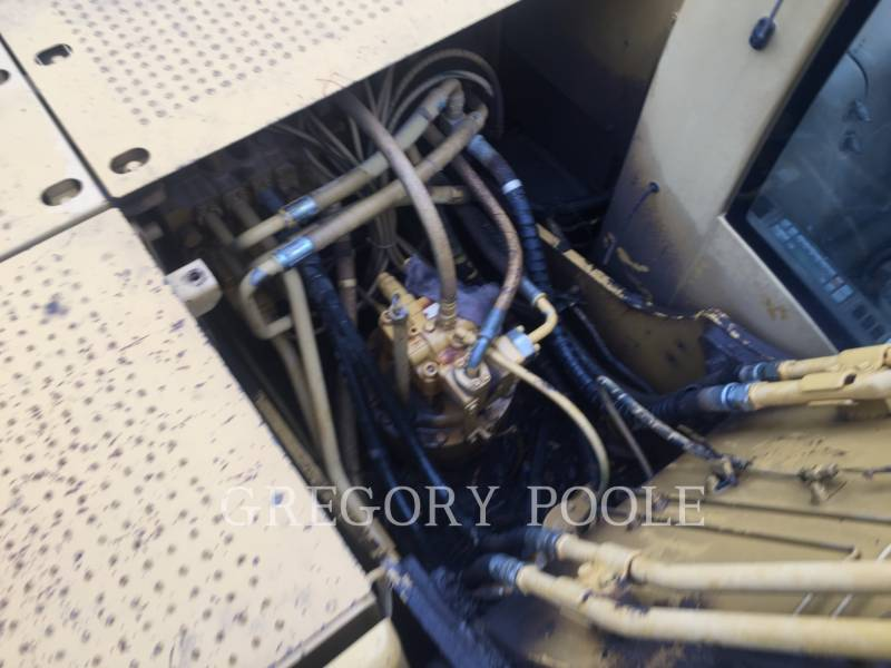 CATERPILLAR TRACK EXCAVATORS 320C L equipment  photo 14