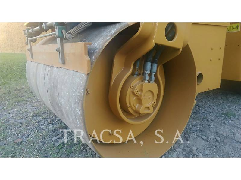 CATERPILLAR ROLO COMPACTADOR DE ASFALTO DUPLO TANDEM CB24 equipment  photo 19