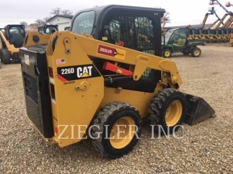 CATERPILLAR PALE COMPATTE SKID STEER 226DSR equipment  photo 6