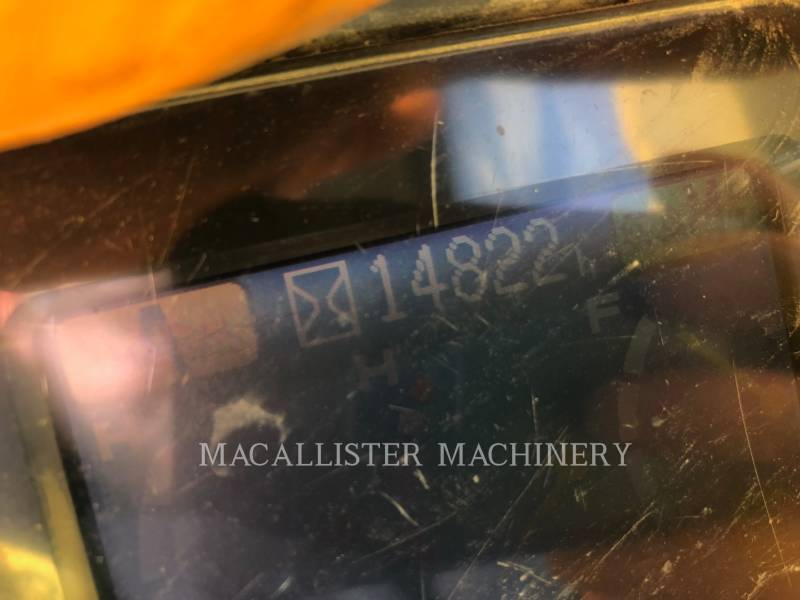 KOMATSU PELLES SUR CHAINES PC400LC-7L equipment  photo 7