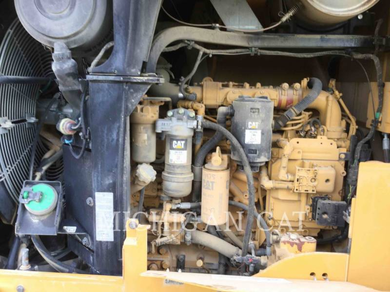 CATERPILLAR PALE GOMMATE/PALE GOMMATE MULTIUSO 938K equipment  photo 10