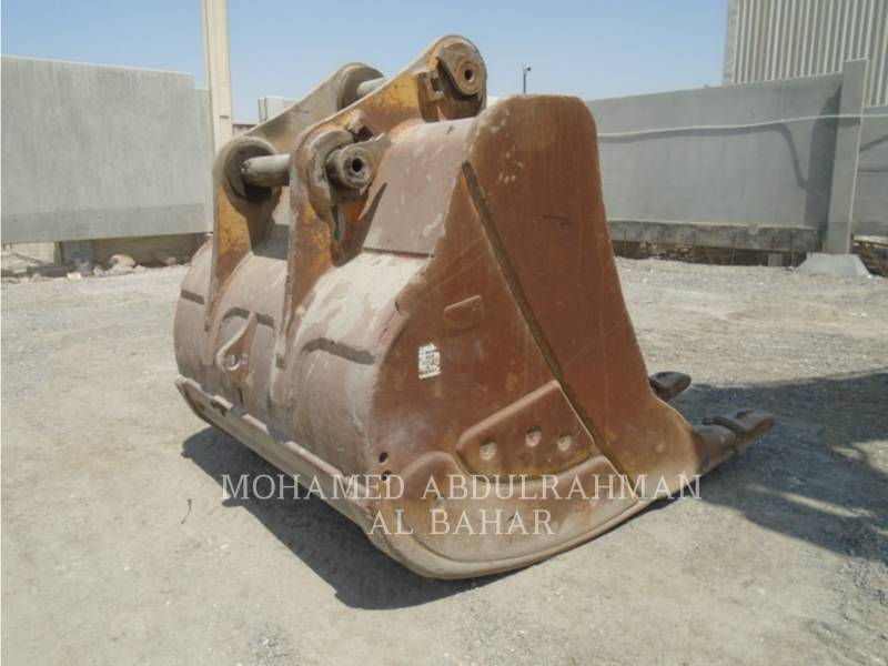 CATERPILLAR TRACK EXCAVATORS 385 C L (ME) equipment  photo 11