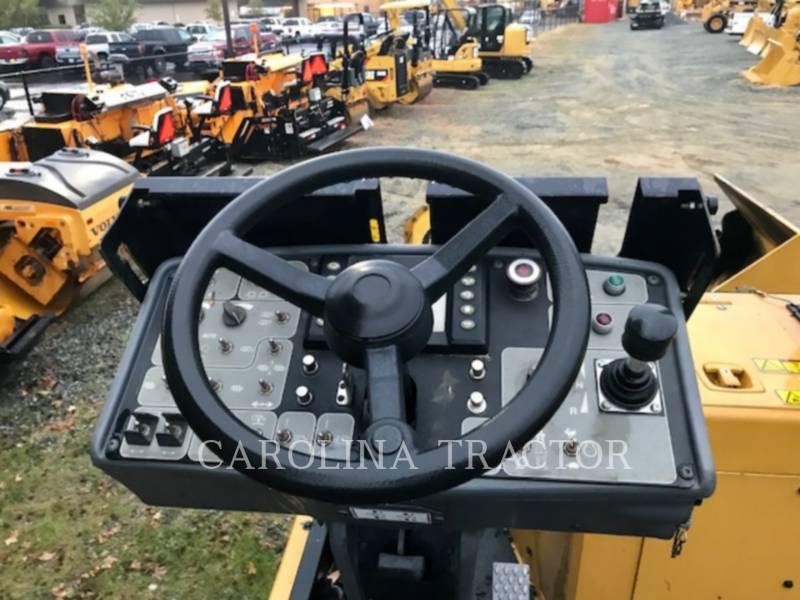 Caterpillar BETONIERE DE ASFALT AP600D equipment  photo 9