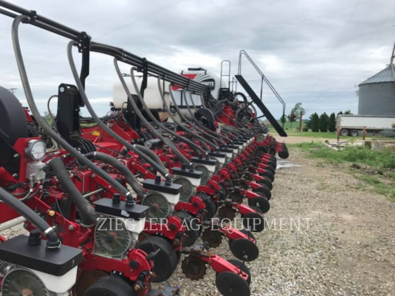AGCO-CHALLENGER PLANTING EQUIPMENT 9936-30 equipment  photo 1