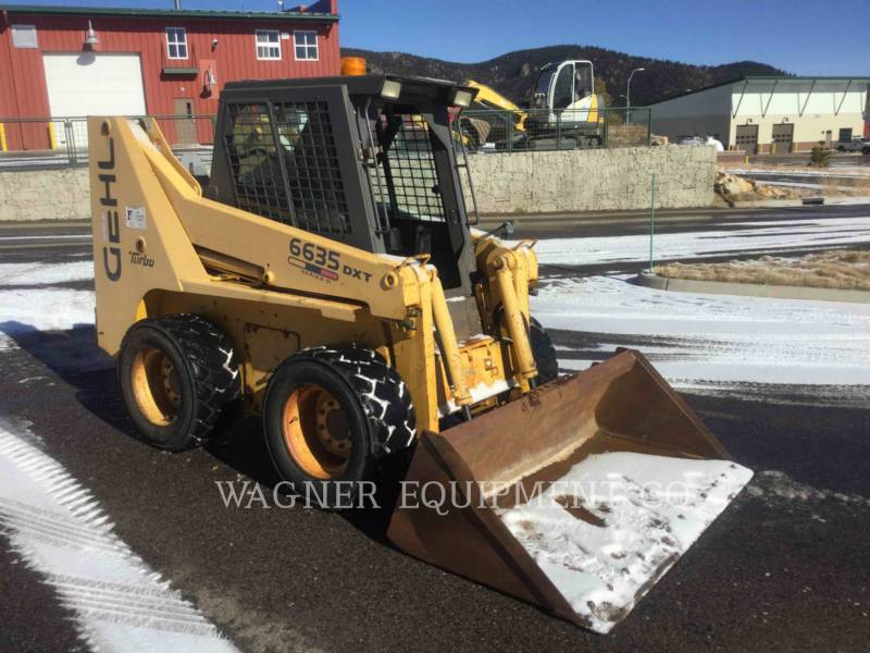 GEHL COMPANY SKID STEER LOADERS SL6635 DXL equipment  photo 2