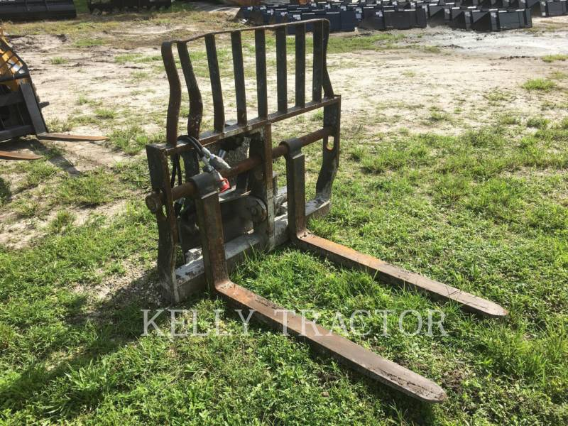 CATERPILLAR HERRAMIENTA: HORQUILLAS FRAME AND TINE FOR TELEHANDLER equipment  photo 5